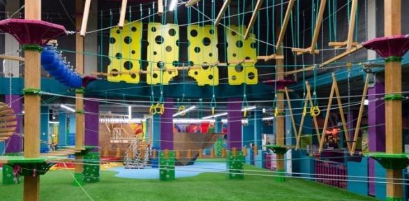 Отдых всемейном парке активного отдыха Fun Jump