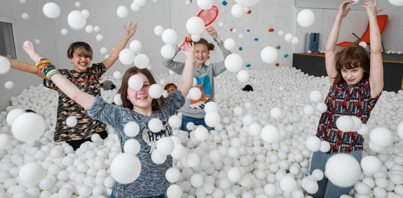 Часовое посещение сухого бассейна Bubble Dreams