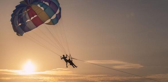 Тандемный или одиночный полет спарашютом Parasailing отклуба «Полетаем»