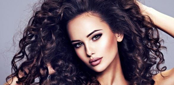 Окрашивание, стрижка, VIP-уход для волос встудии красоты All About Hair