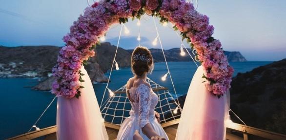 Отдых или свадебное предложение наберегу Черного моря вГД«Анзор»