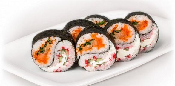 Роллы отслужбы доставки готовых блюд «Суши Сити» заполцены
