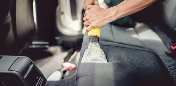 Химчистка иабразивная полировка кузова авто откомпании «БестКарЦентр»