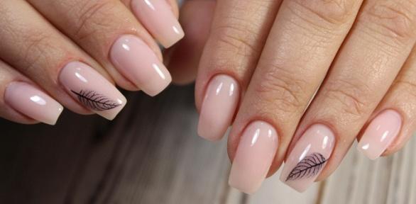 Маникюр ипедикюр спокрытием ногтей гель-лаком отстудии «Матрешка»
