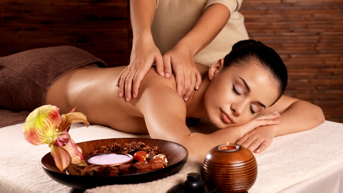 Скидка до 80%. Тайский, индийский, балийский, креольский массаж или SPA-программа вцентре красоты иSPA Indonesia